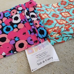 Set of 2 Lularoe T&C Leggings